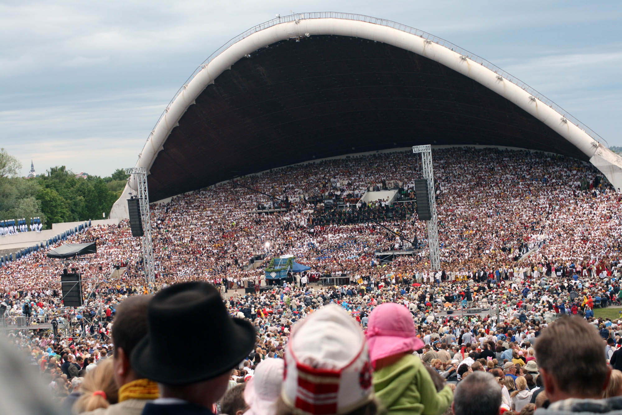 File:Tallinna song festival.jpg  Wikimedia Commons