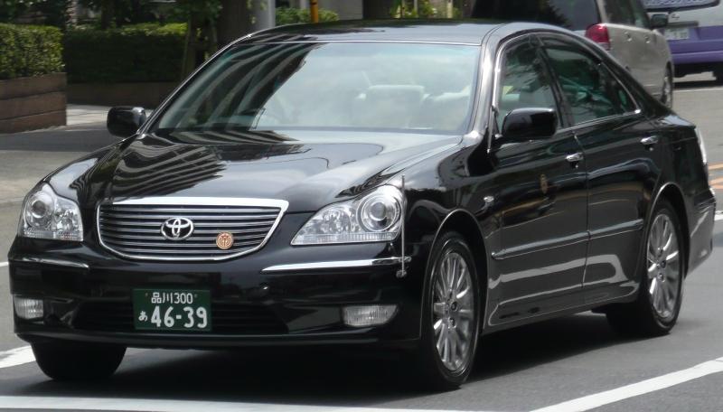 Toyota Crown Majesta — Википедия