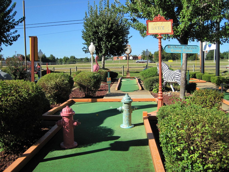 file the putting edge miniature golf course jonesboro ar 2013 09