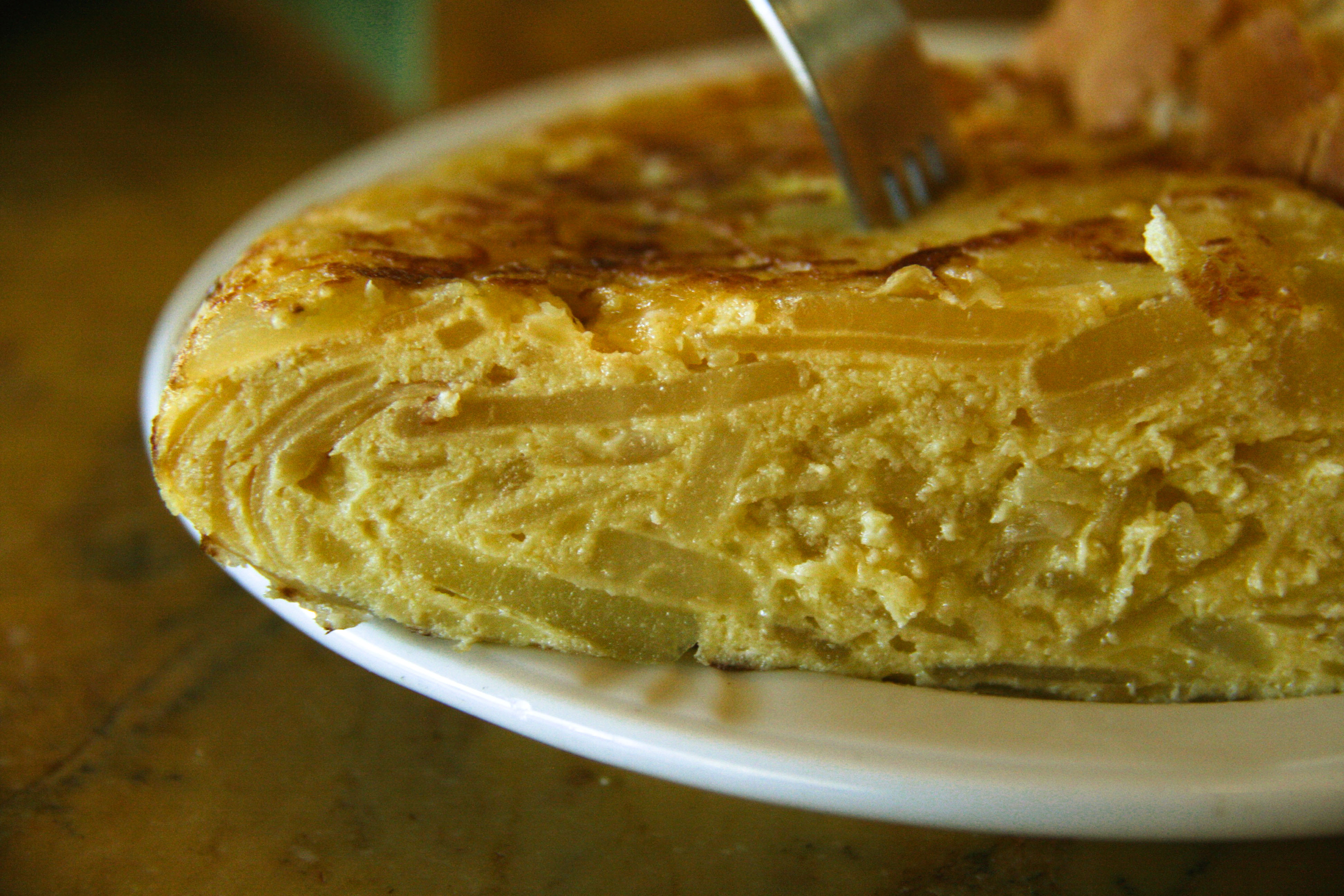 File:Tortilla de Patatas (Corte transversal).jpg