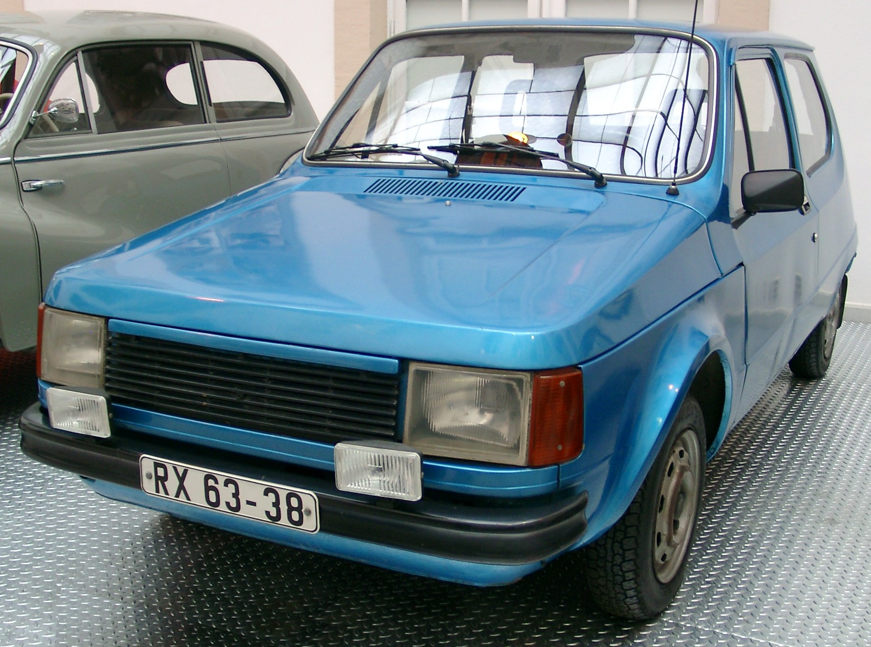 [Pilt: Trabant_P1100_front_20040924.jpg]