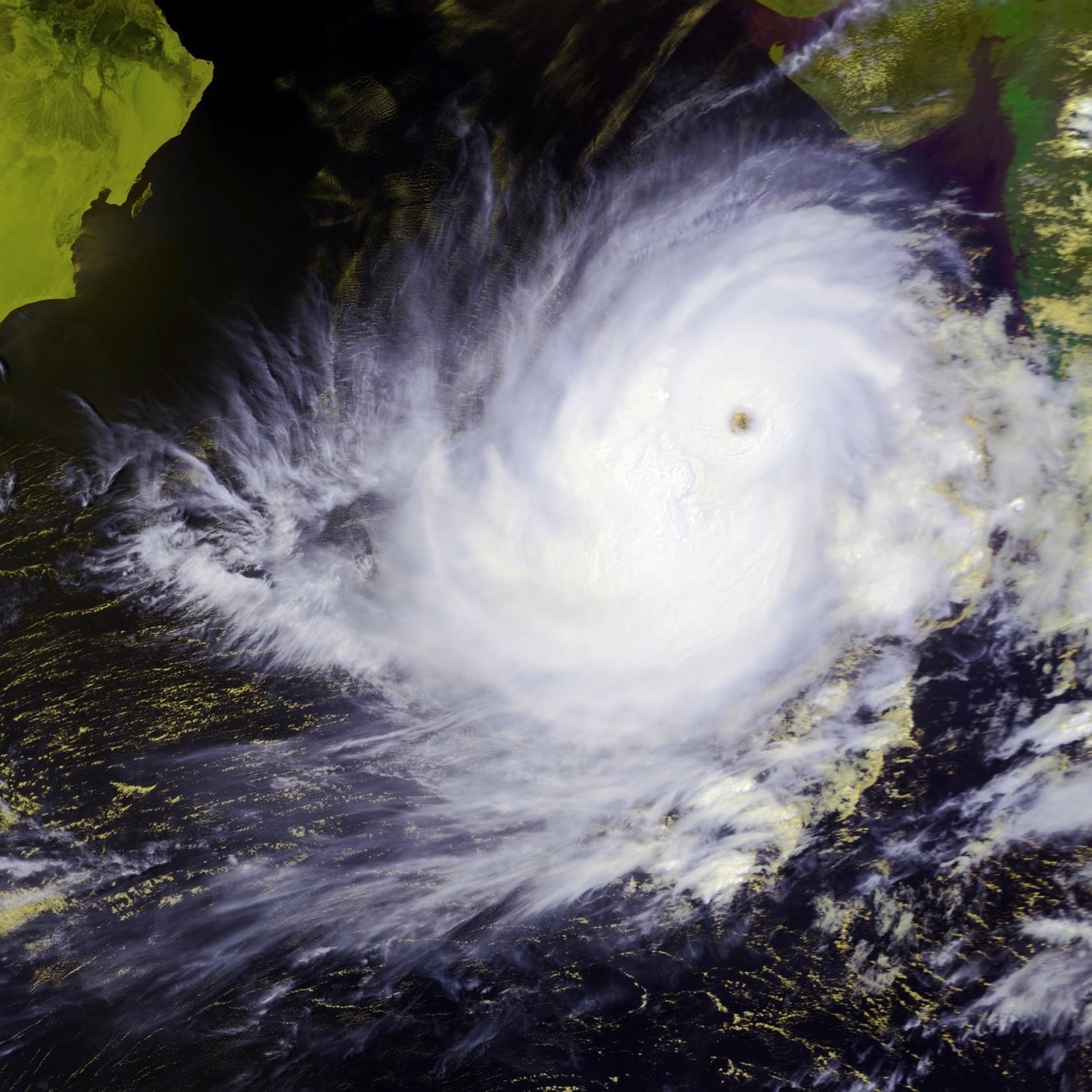2001 north indian ocean cyclone season. Black Bedroom Furniture Sets. Home Design Ideas