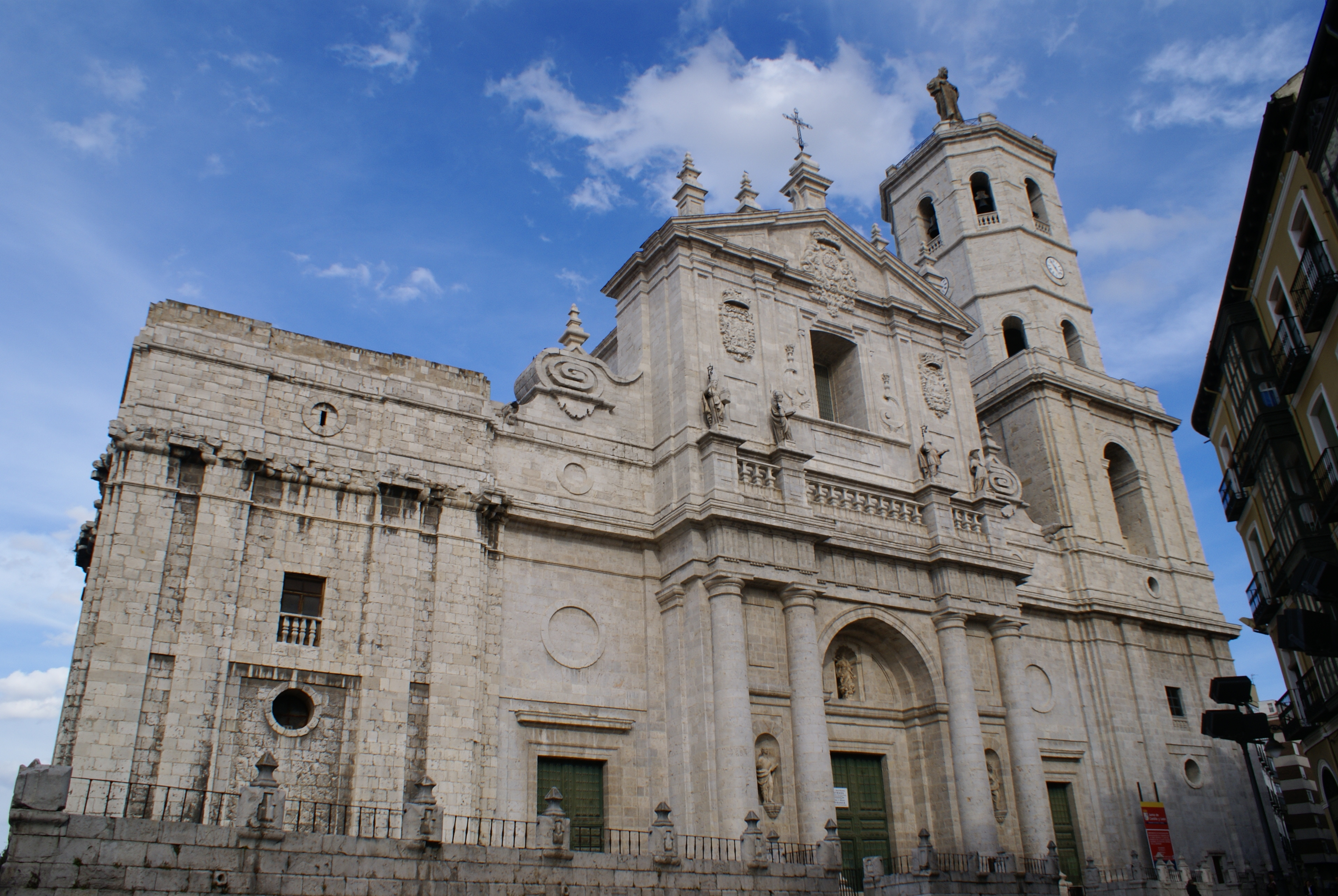 Valladolid Spain  City pictures : Valladolid Catedral Wikimedia Commons