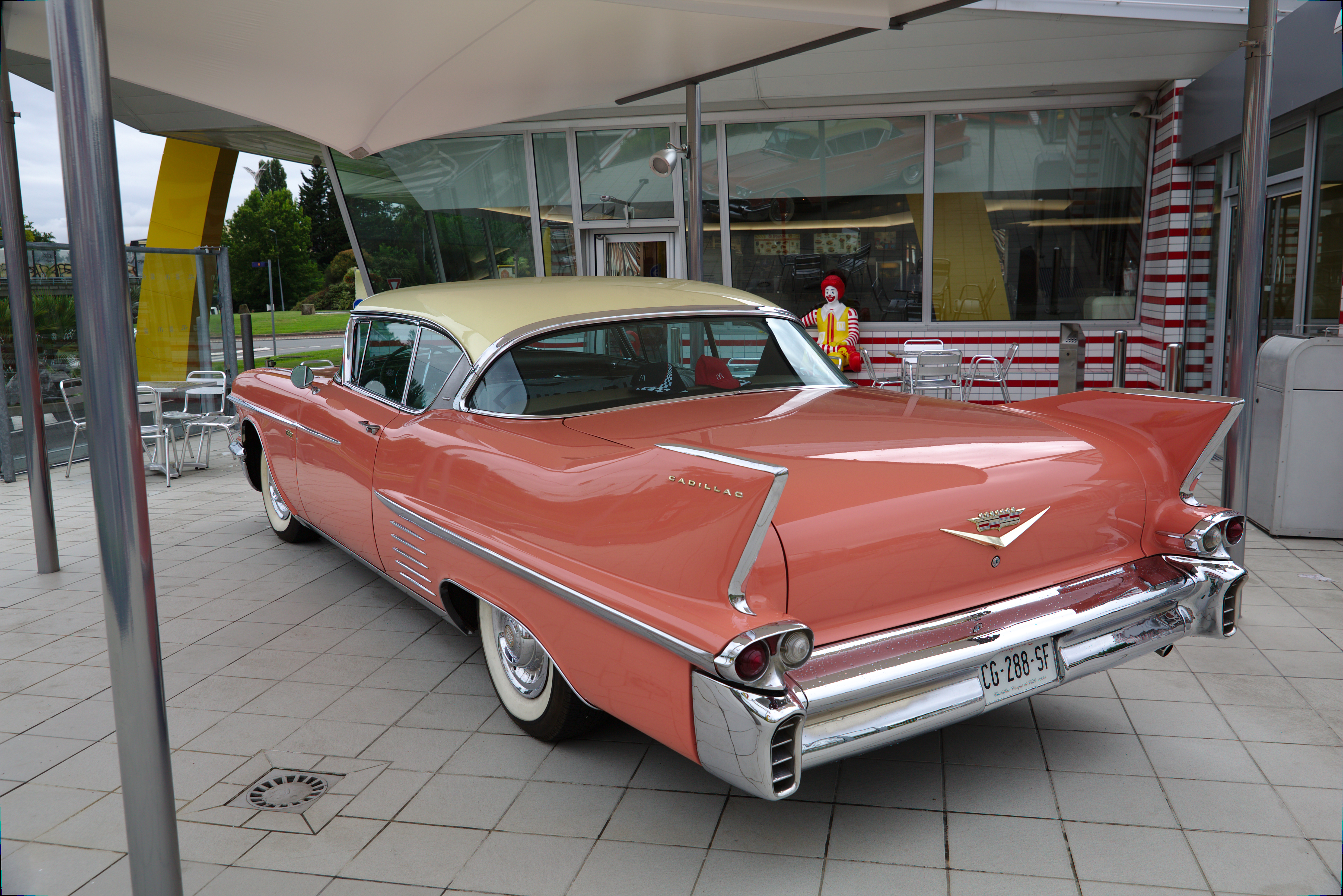 File:VdO-Cadillac-AR.jpg - Wikimedia Commons
