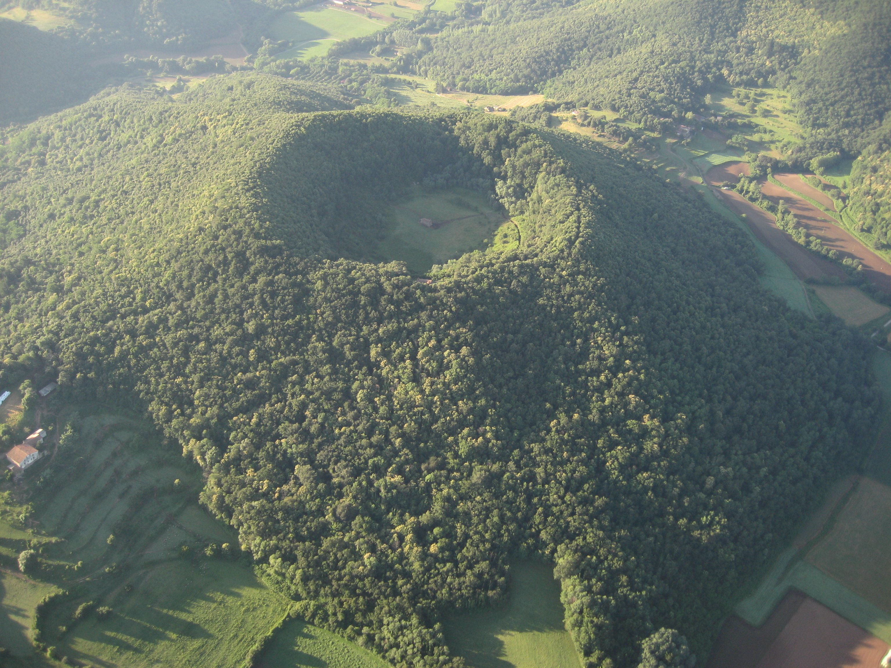 Resultado de imagen de volcans de santa margarida i croscat