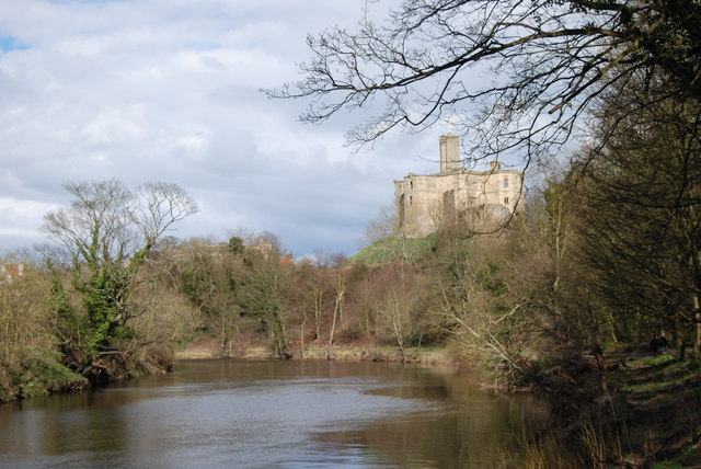 Warkworth Castle - geograph.org.uk - 1775044