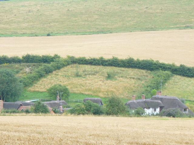 Warren Farm from the Ridgeway - geograph.org.uk - 915144