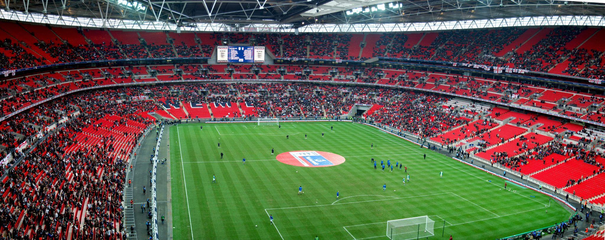 wewnętrzna panorama wembley stadion