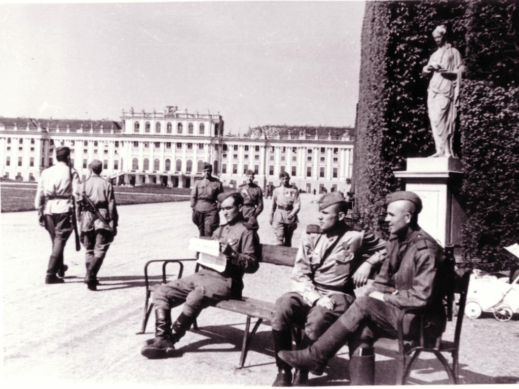 Оккупация Австрии войсками союзников — Википедия