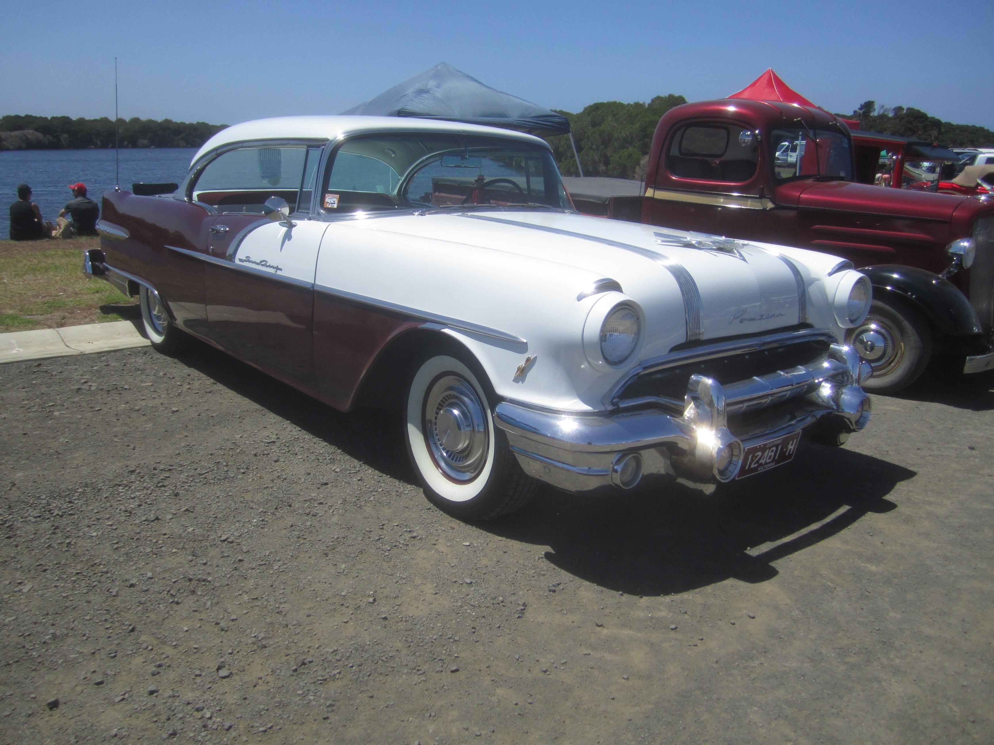 File 1956 pontiac star chief 2 door hardtop 8357640809 jpg for 1956 pontiac 2 door hardtop
