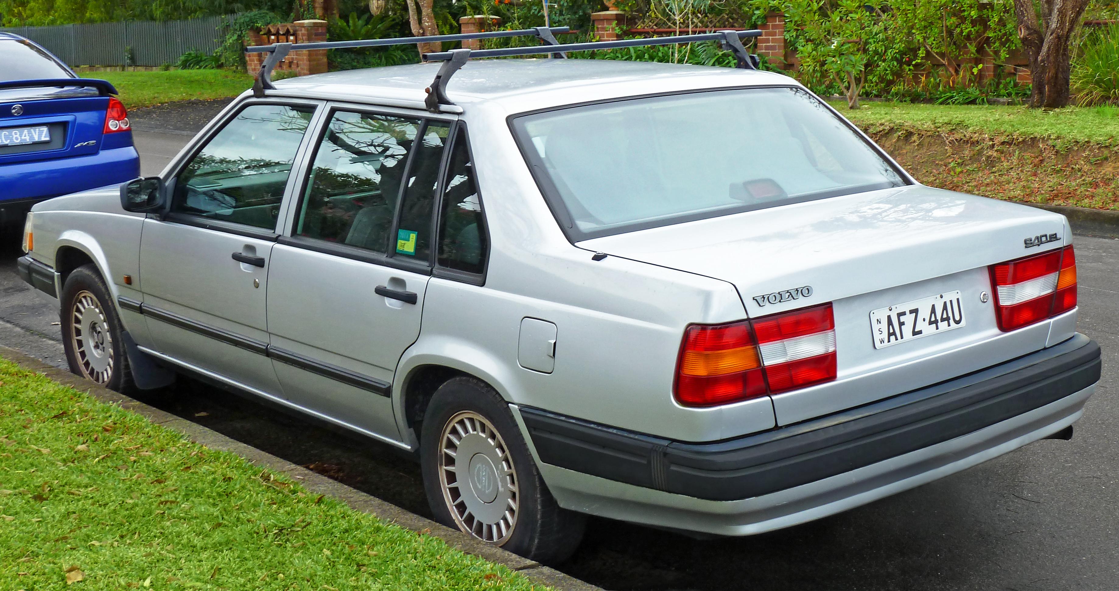 File Volvo Gl Sedan Jpg Wikimedia