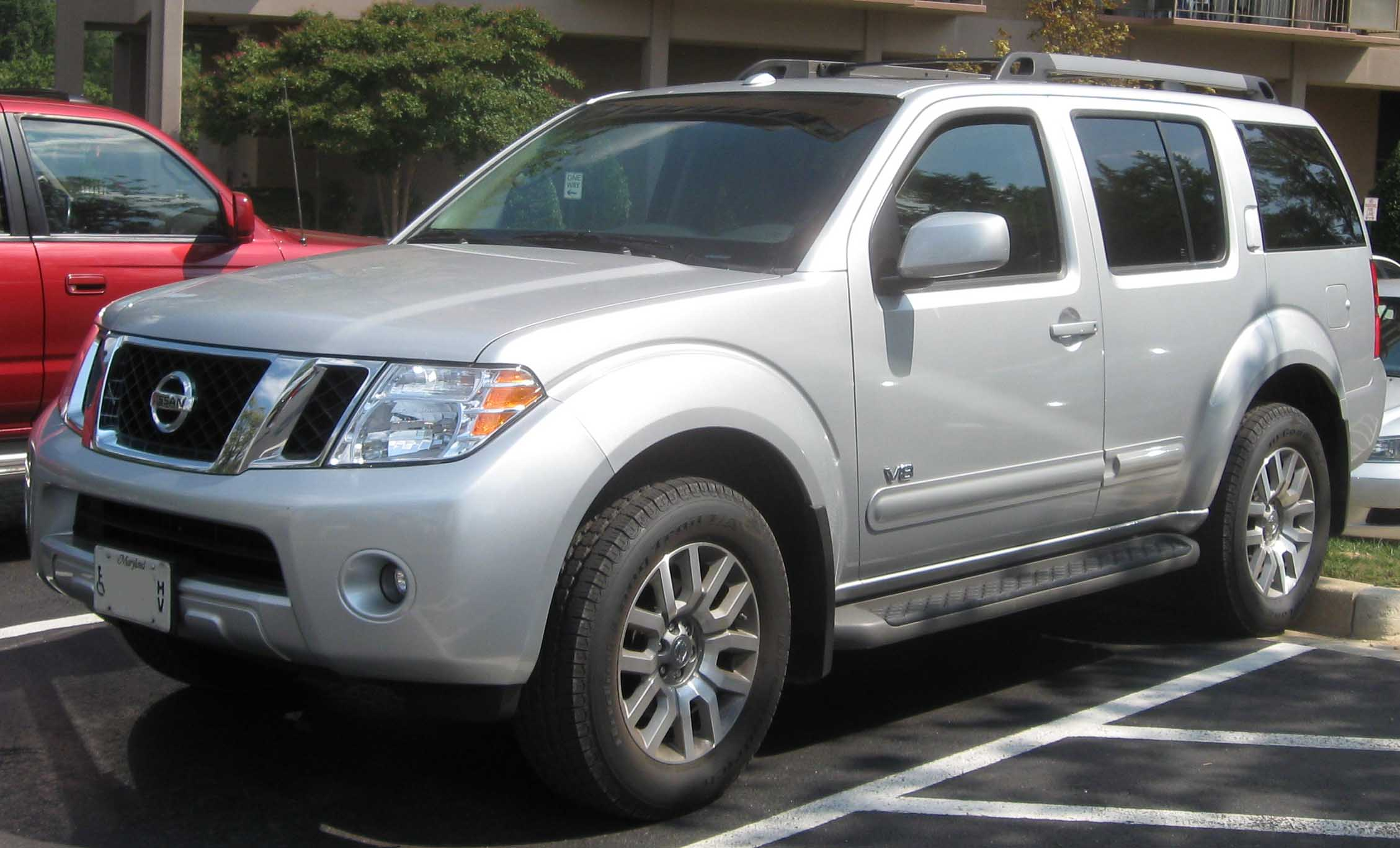 Description 2008 Nissan Pathfinderjpg