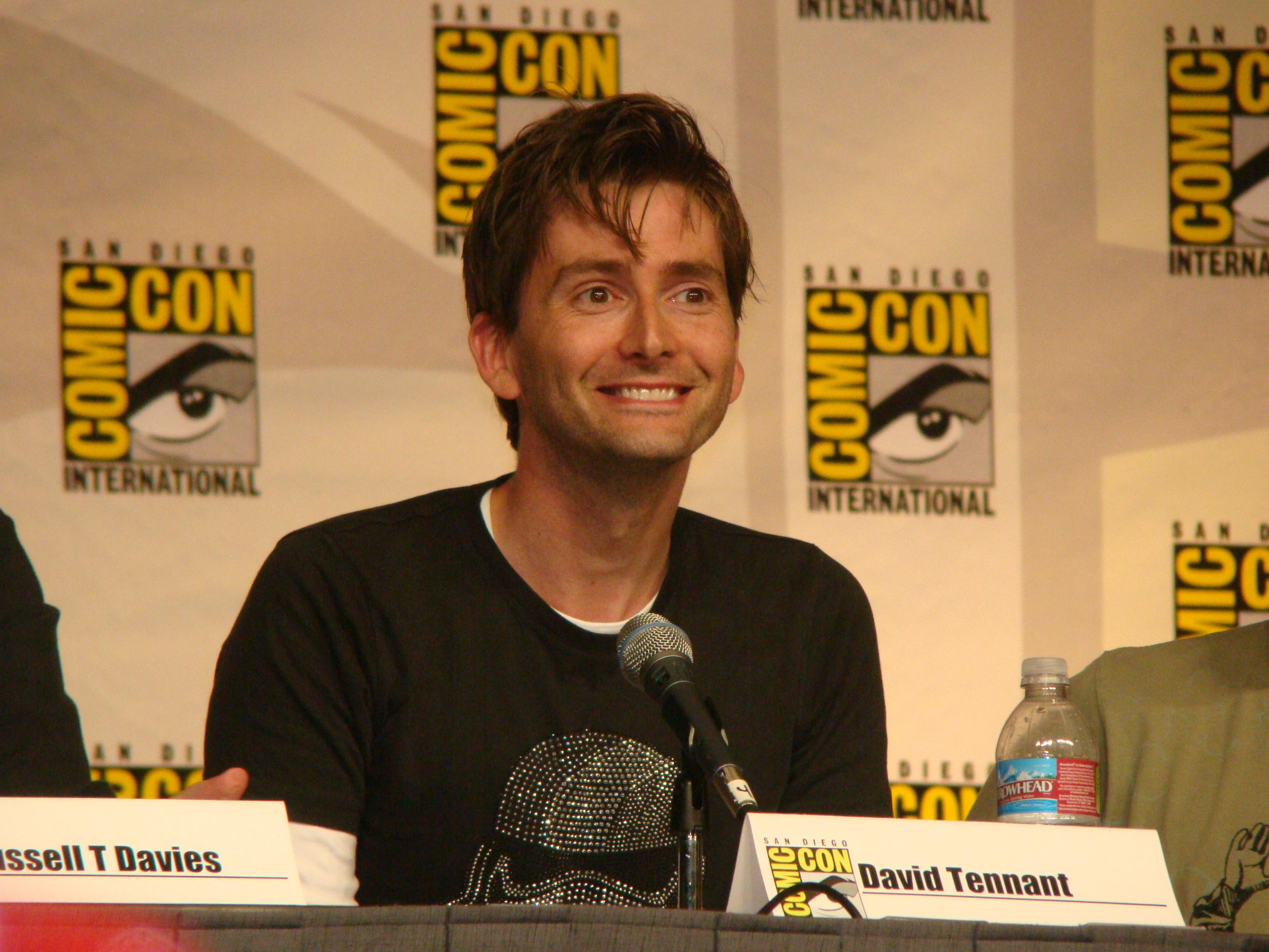 File:2009 07 31 David Tennant smile 06.jpg - Wikimedia Commons
