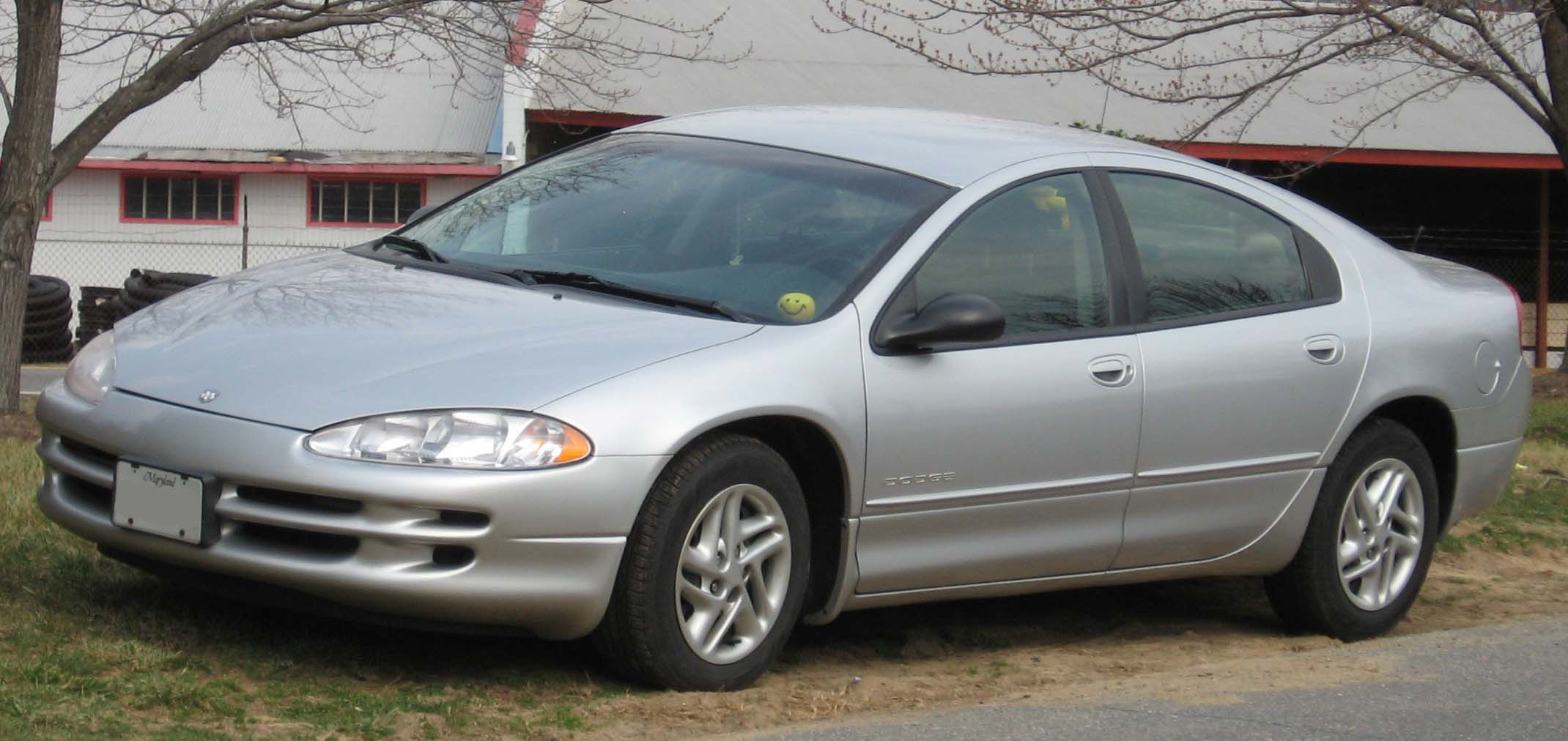 File:98-04 Dodge Intrepid.jpg - Wikimedia Commons