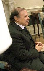 Abdelaziz Bouteflika en novembre 2001 à la Maison Blanche.