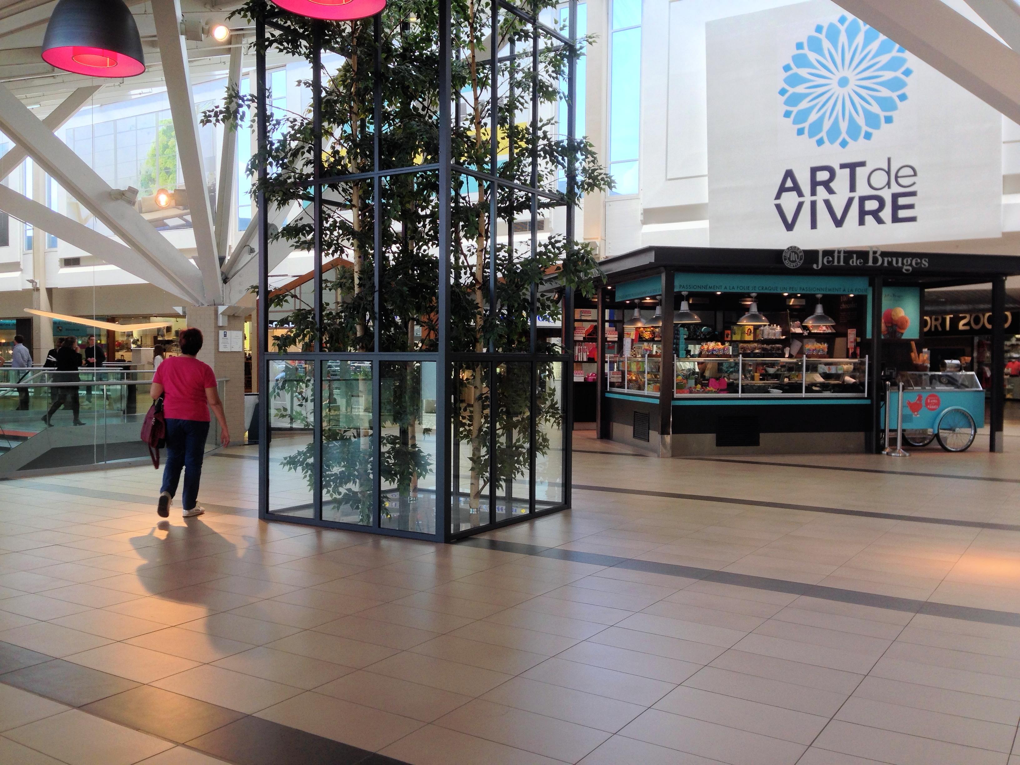 Eragny Art De Vivre : file art de vivre shopping mall ragny sur oise ~ Dailycaller-alerts.com Idées de Décoration