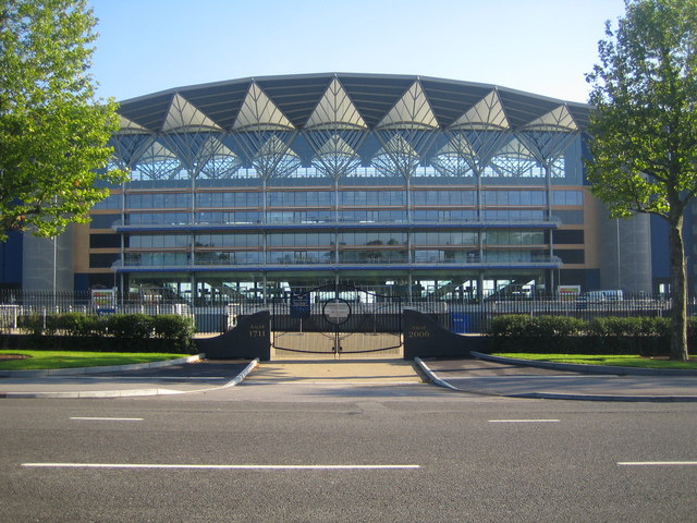File:Ascot Racecourse - geograph.org.uk - 508597.jpg
