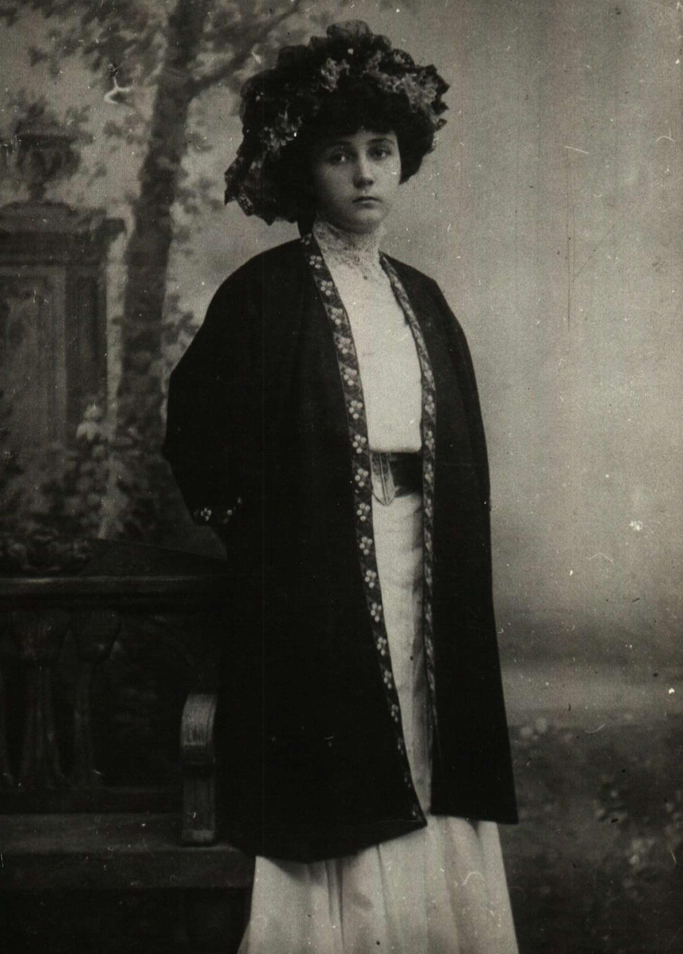 Lora Karavelova
