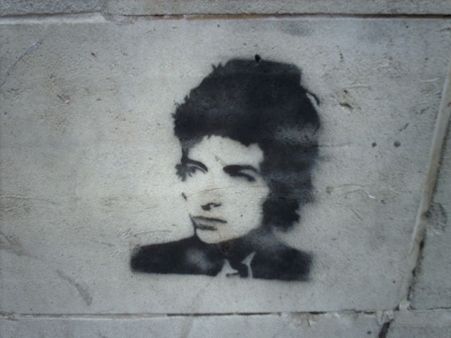 File:Bob Dylan Graffiti in Manchester UK.jpg