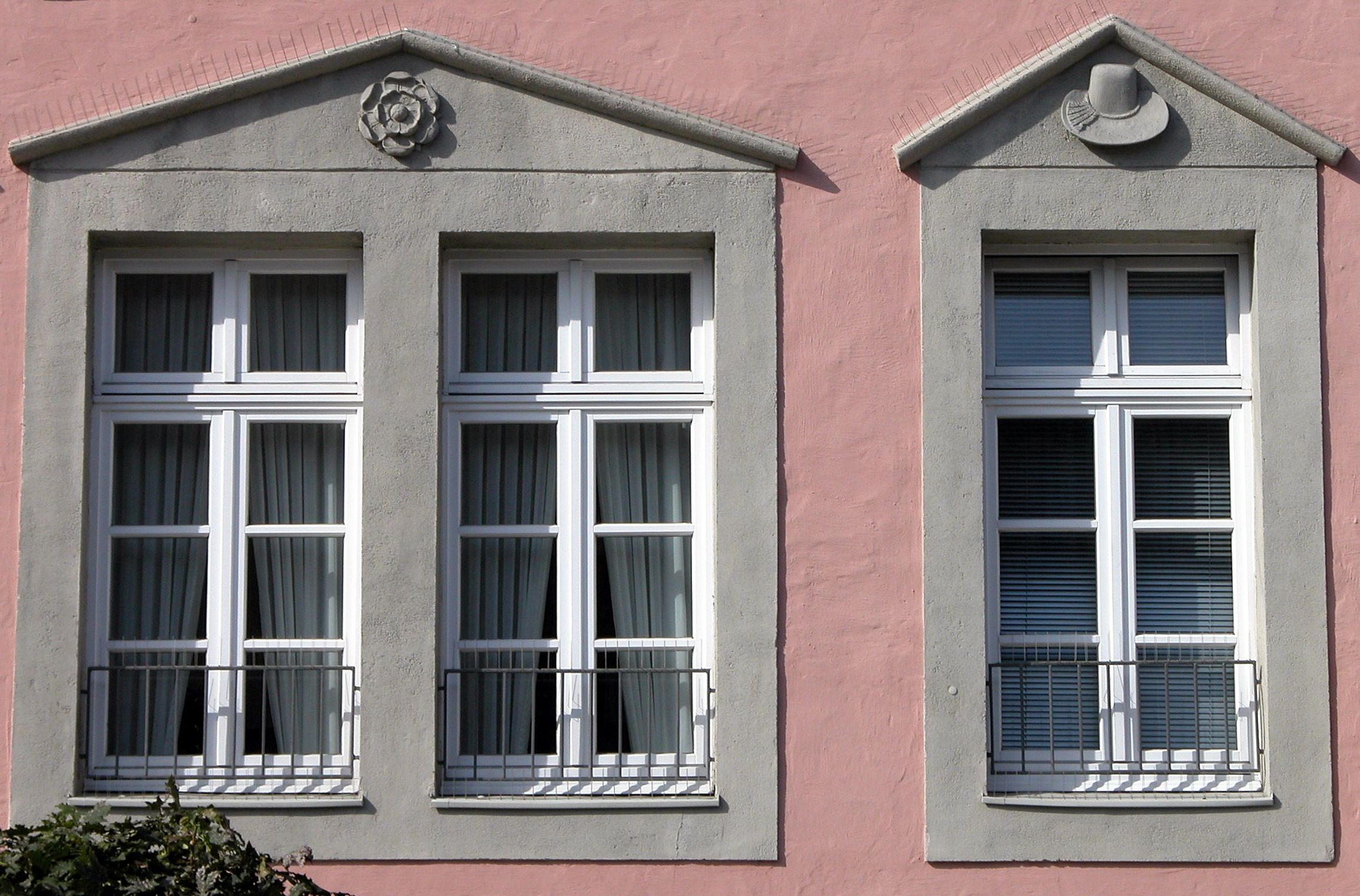file braunschweig brunswick stechinelli haus fenster 2006 jpg wikimedia commons. Black Bedroom Furniture Sets. Home Design Ideas