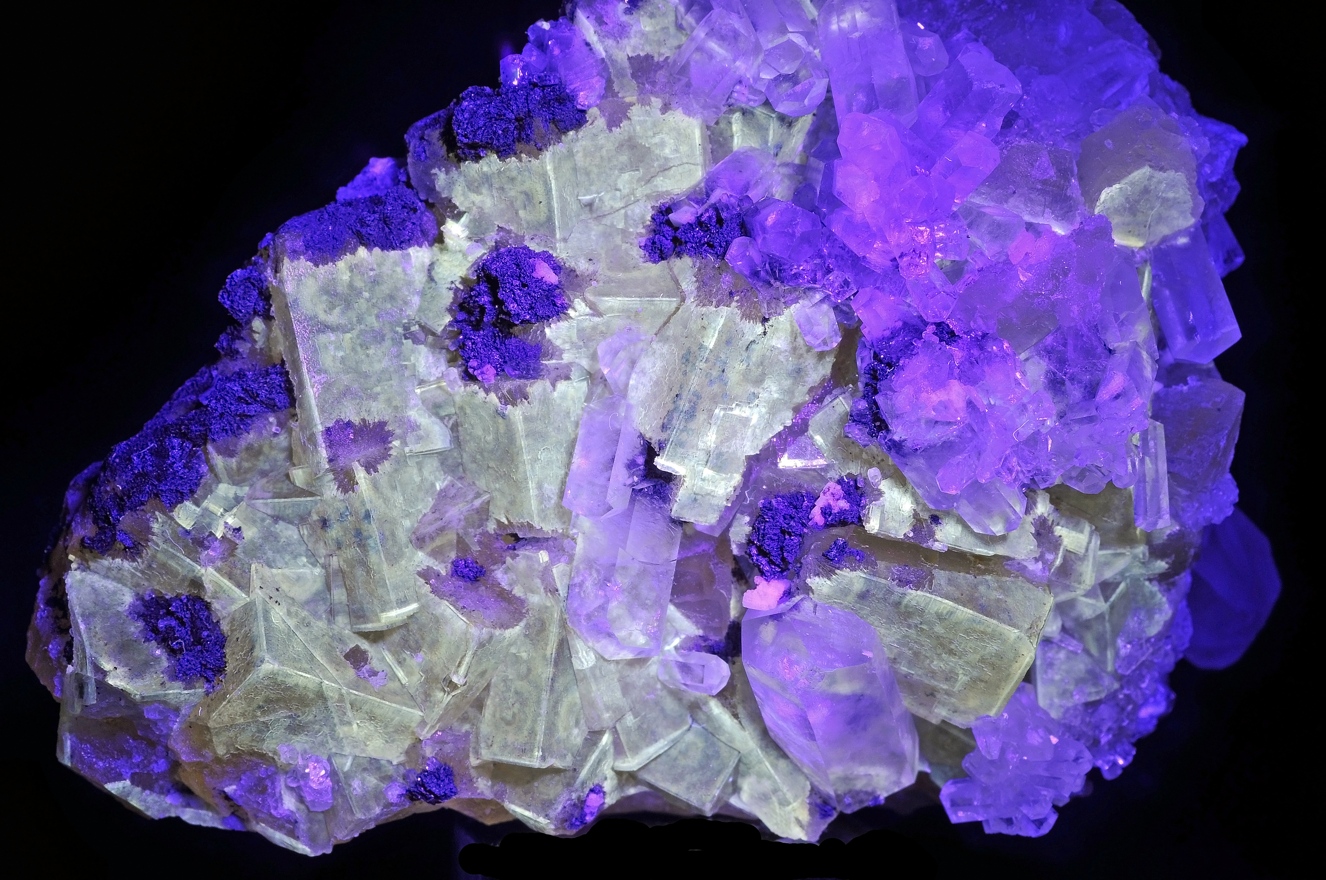 calcite dating U-pb dating of calcite cement and diagenetic history in microporous carbonate reservoirs: case of the urgonian limestone, france.