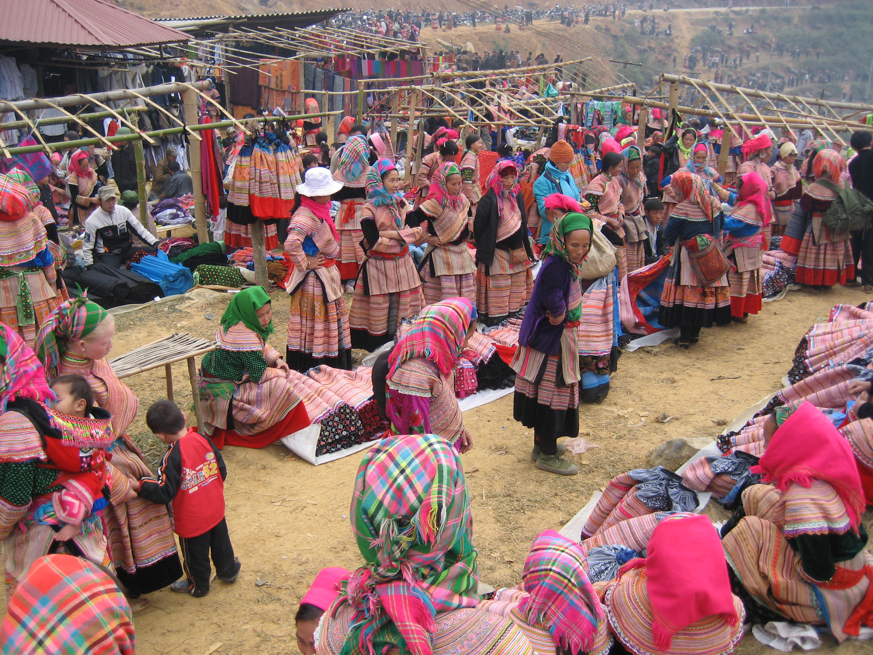hmong people Miao: miao, mountain-dwelling peoples of china, vietnam, laos, burma, and thailand, who speak languages of the hmong-mien (miao-yao) family miao is the official chinese term for four distinct groups of people who are only distantly related through language or.