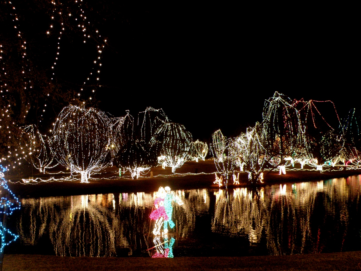 filechickasha festival of light shannon springs park panoramio marelbu - Chickasha Christmas Lights