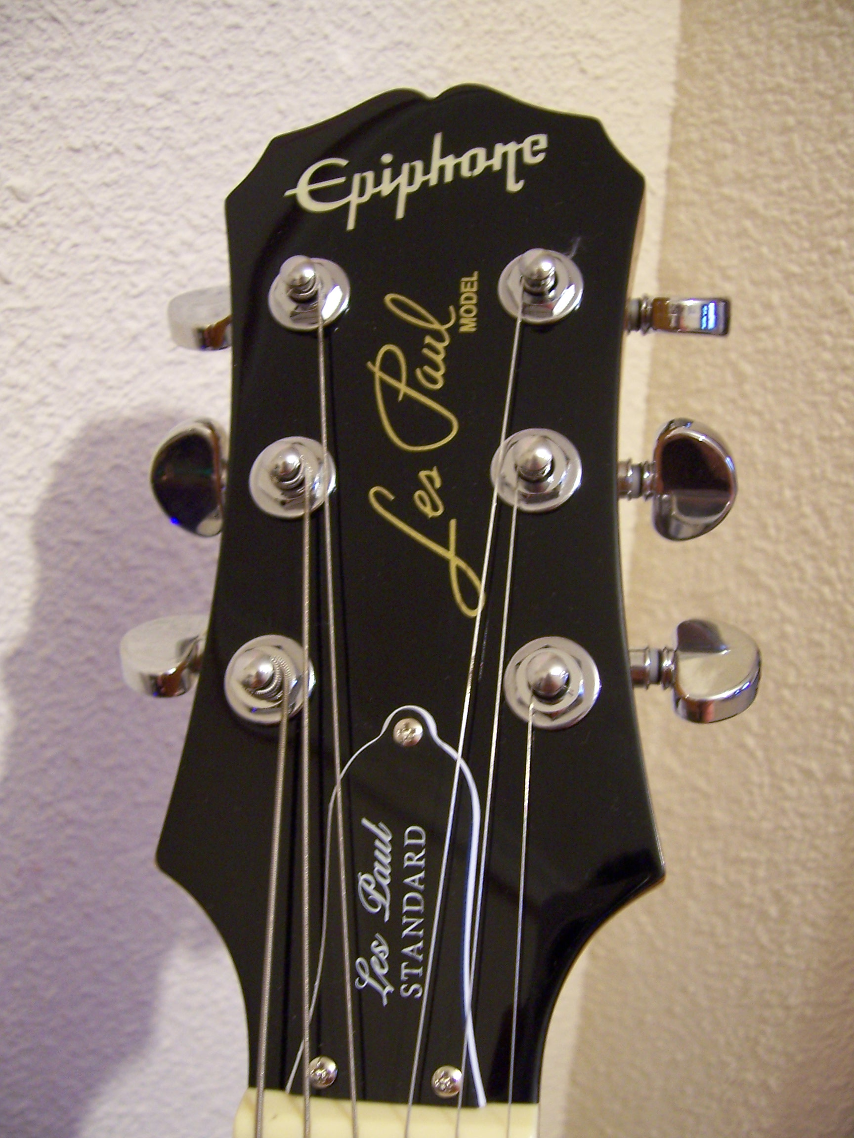 Epiphone (made in Indonesia)