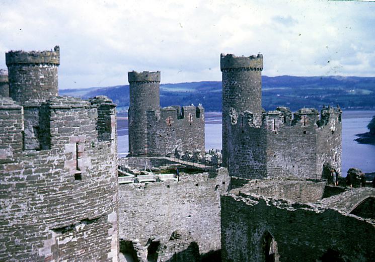 """Résultat de recherche d'images pour """"Conwy Castle wales"""""""
