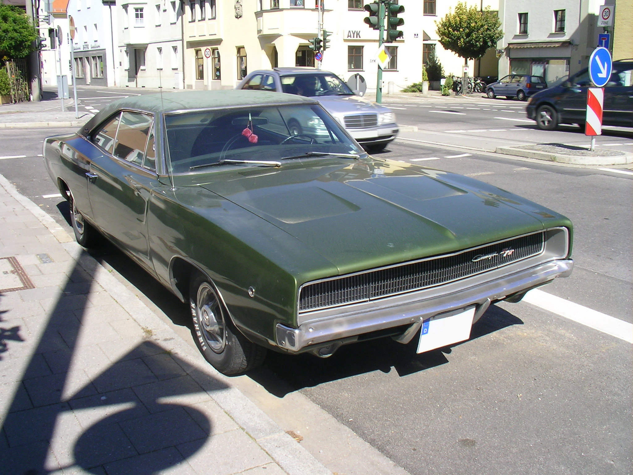 File dodge charger rt 1968 front jpg