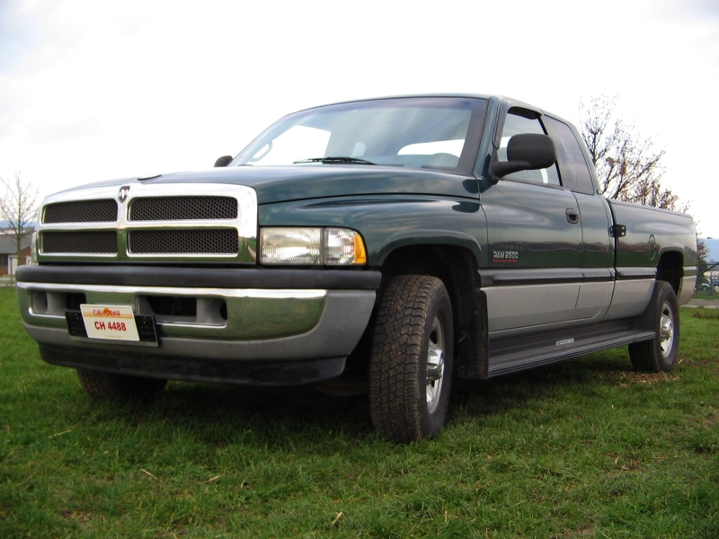 File Dodge Ram 2500 Jpg Wikimedia Commons