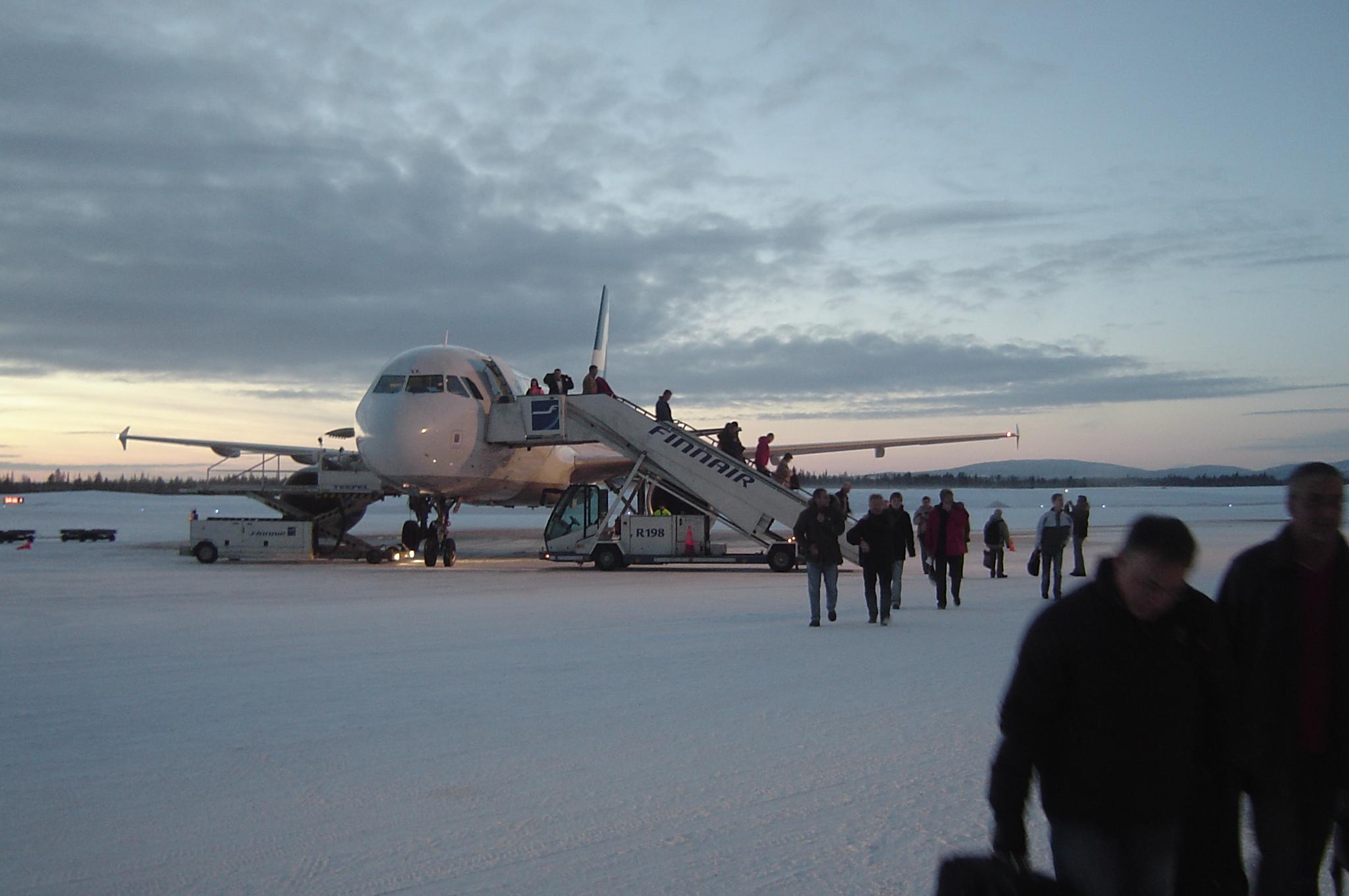 File Finnair A320 At Kittil 228 Airport Jpg Wikimedia Commons