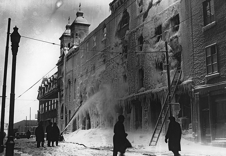 File:Fire at D. C. Brosseau and Cie Ltée, Notre Dame Street, Montreal, QC, 1931 (7638484452).jpg