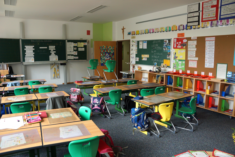 File Grundschule Haus St Marien Neumarkt Klassenzimmer