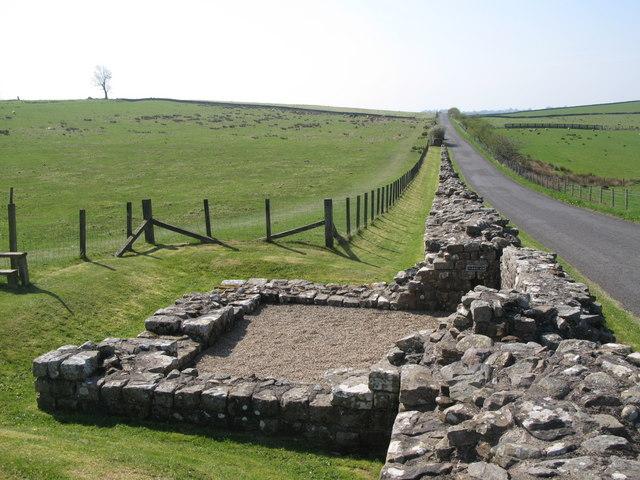 Hadrian's Wall and Turret 49b (Birdoswald) (2) - geograph.org.uk - 1357797
