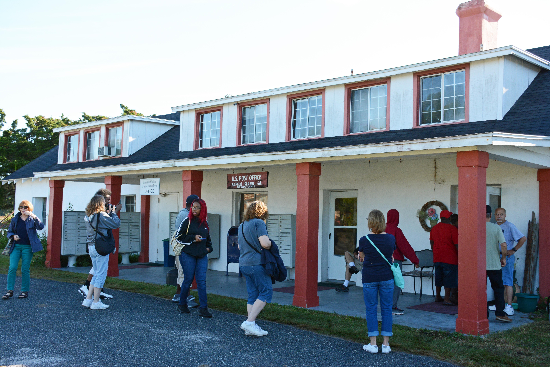 File:Hog Hammock Store And Post Office, Sapelo Island, GA, US.