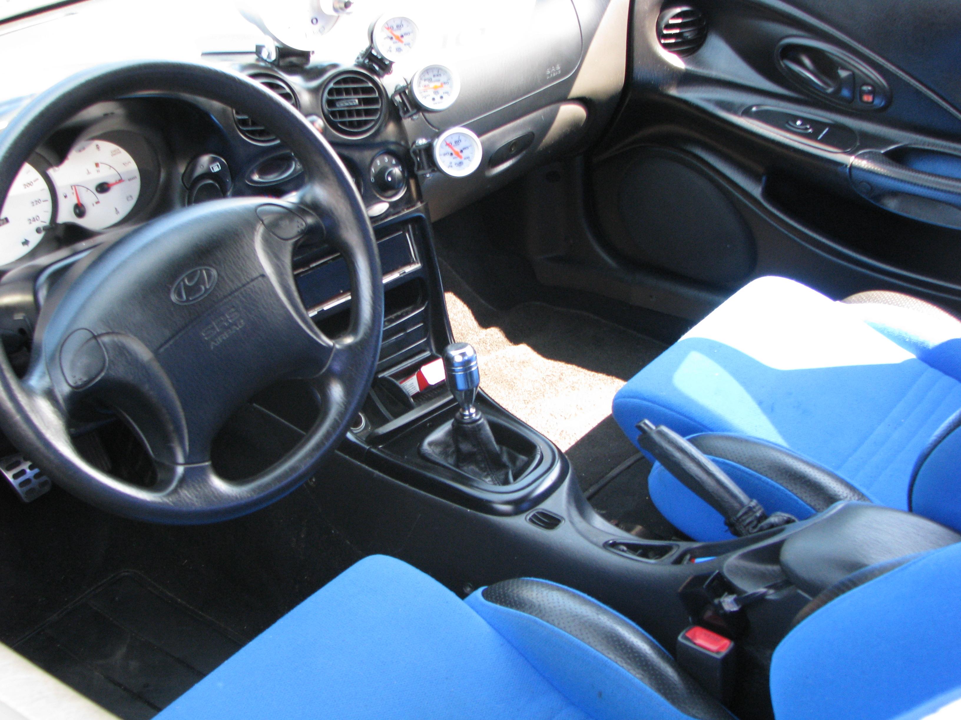 File Hyundai Tiburon Coupè Dashboard Jpg