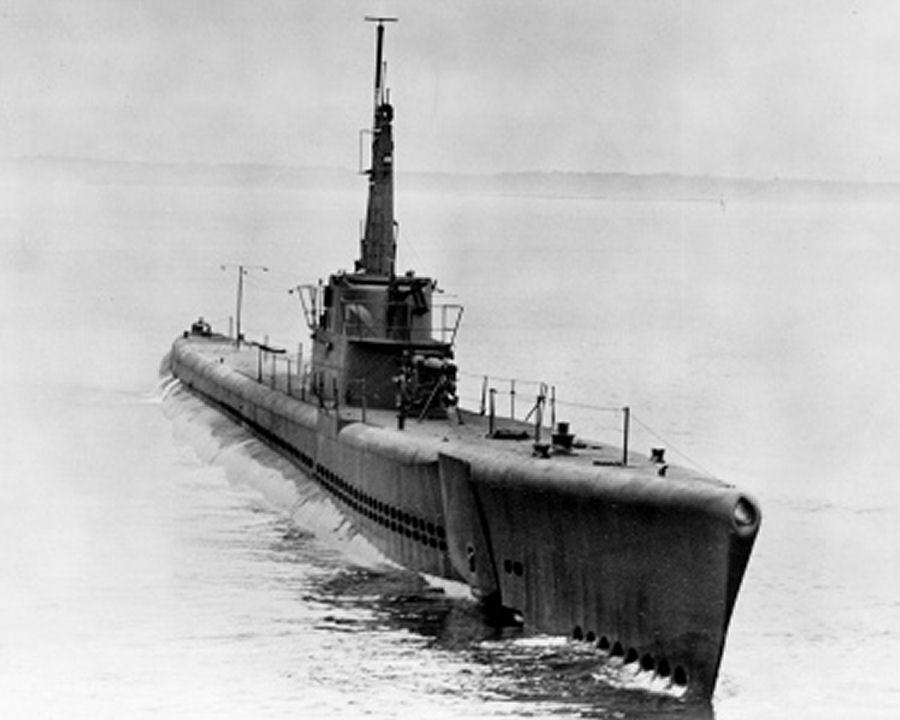 http://upload.wikimedia.org/wikipedia/commons/c/c1/Image-USS_Billfish%3B0828608.jpg