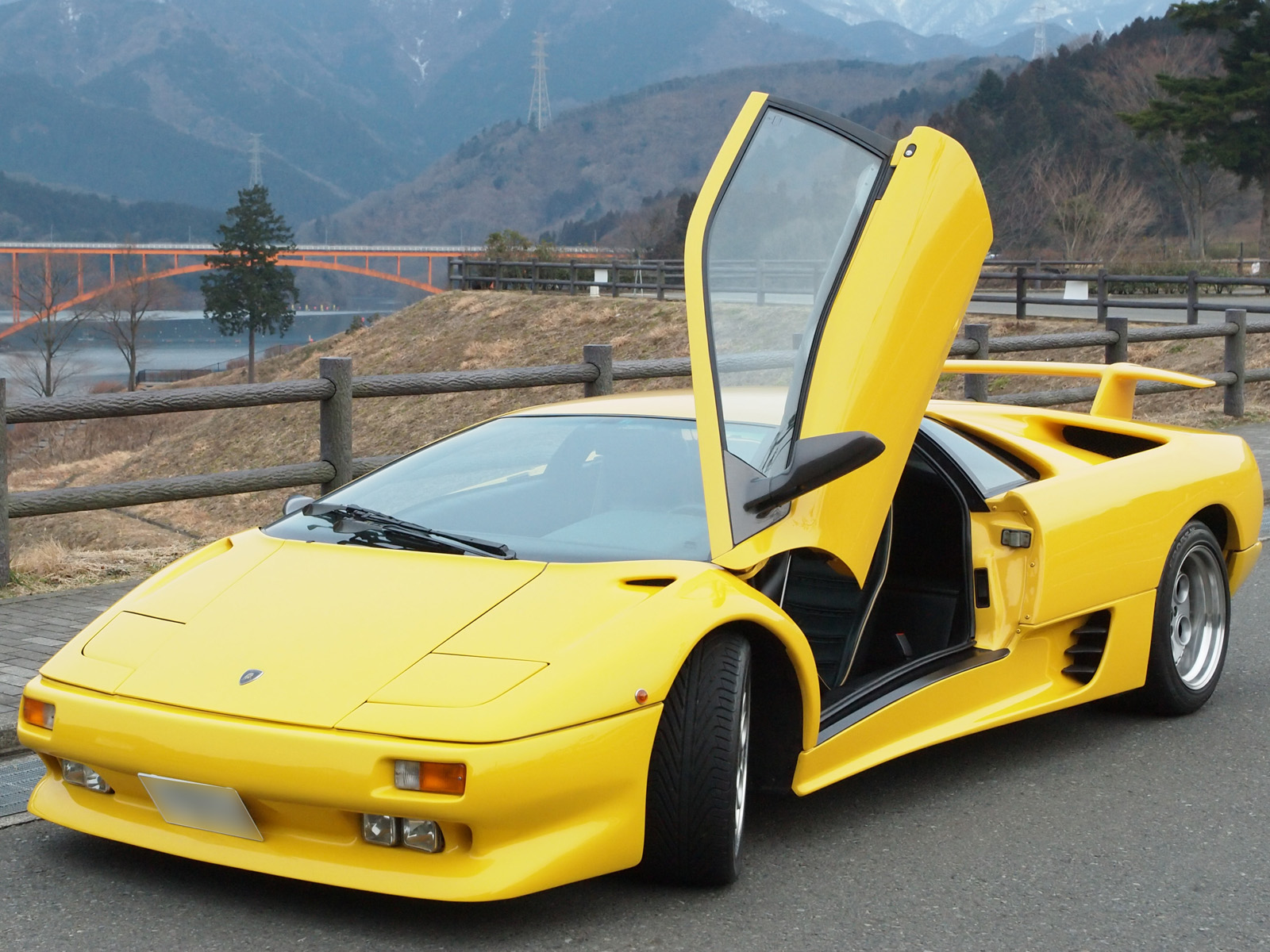 File Lamborghini Diablo New Jpg Wikimedia Commons