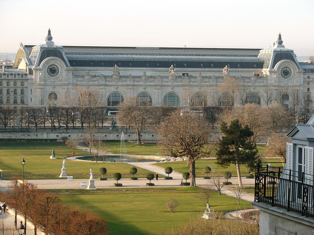 File le jardin des tuileries et le mus e d 39 orsay en hiver for Le jardin paris 9