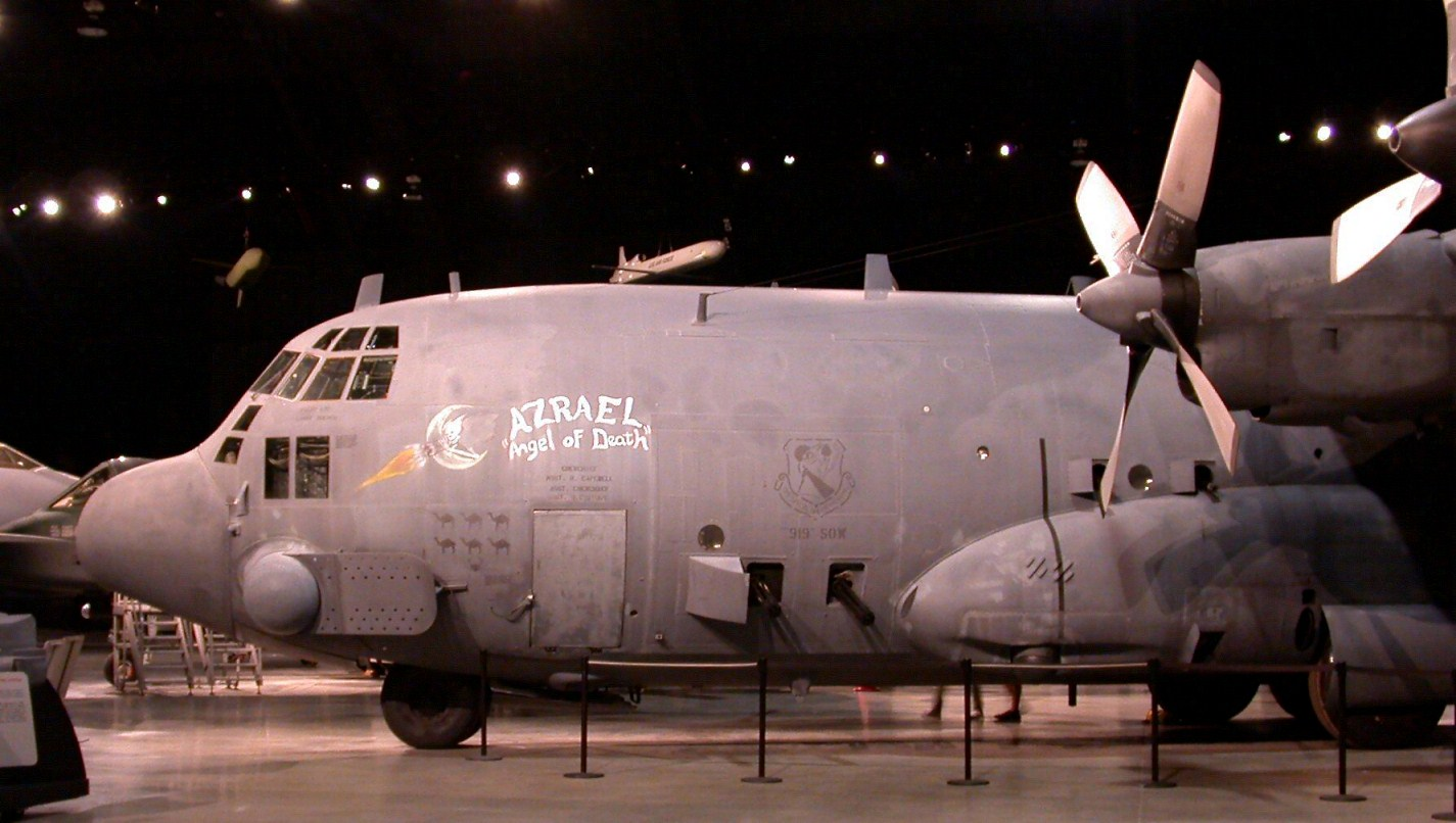 File Lockheed Ac 130a Spectre Gunship Usaf Museum Dayton Ohio