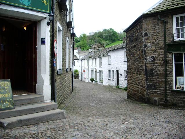 Main Street, Dent - geograph.org.uk - 436636