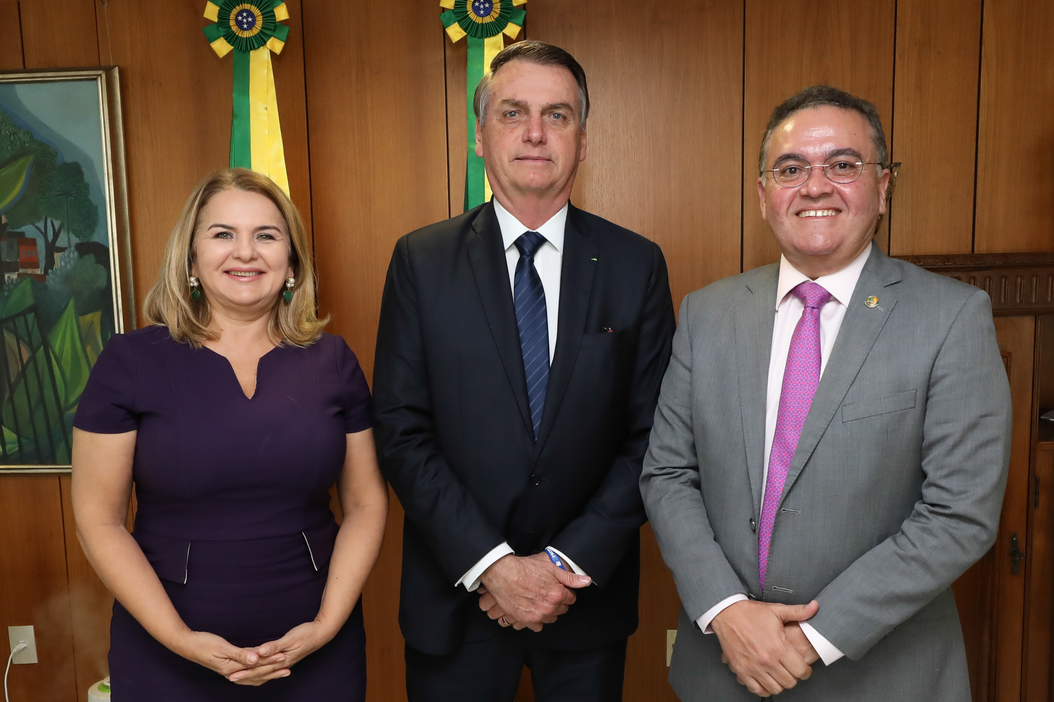 Ficheiro:Maura Jorge, Jair Bolsonaro e Roberto Rocha.jpg ...