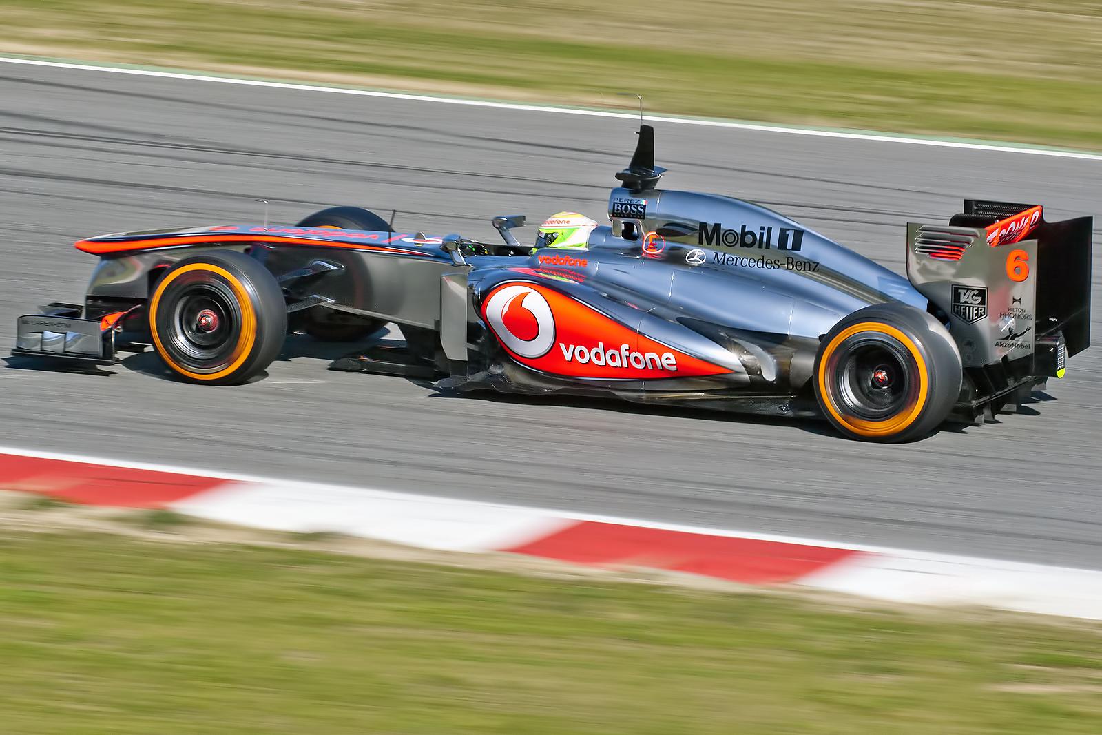 McLaren_Mercedes_MP4-28_-_Sergio_Perez_%288493343780%29.jpg