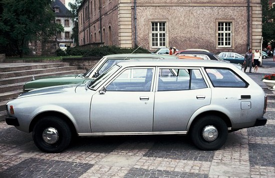 File:Mitsubishi Lancer station wagon in profile in Luxembourg ca 1978 nb.JPG - Wikimedia Commons