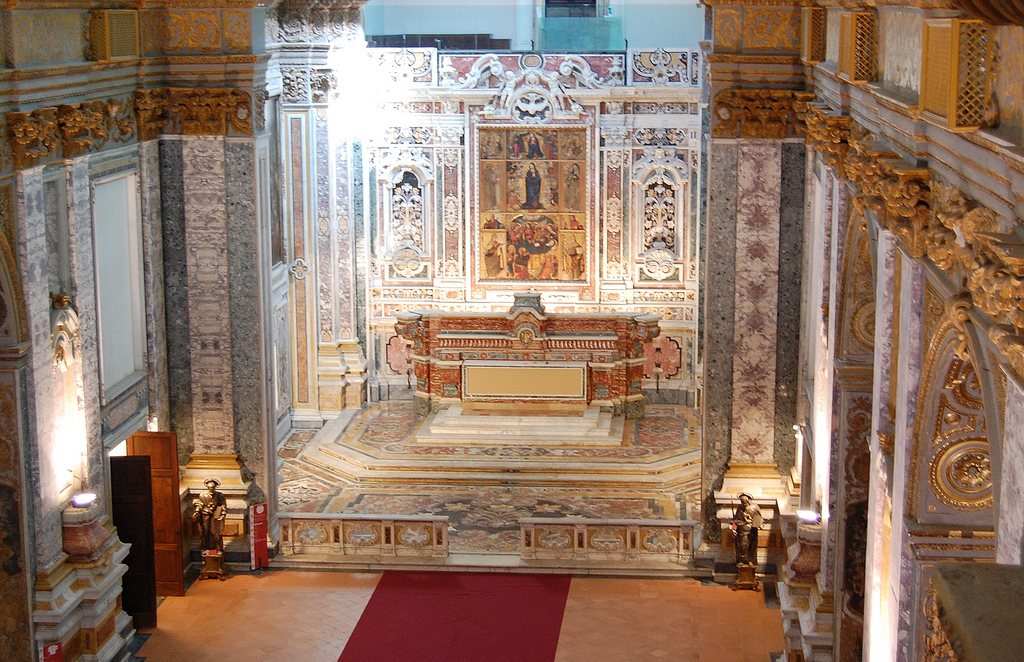 Santa Maria Donnaregina Nuova, Nápoly, Olaszország