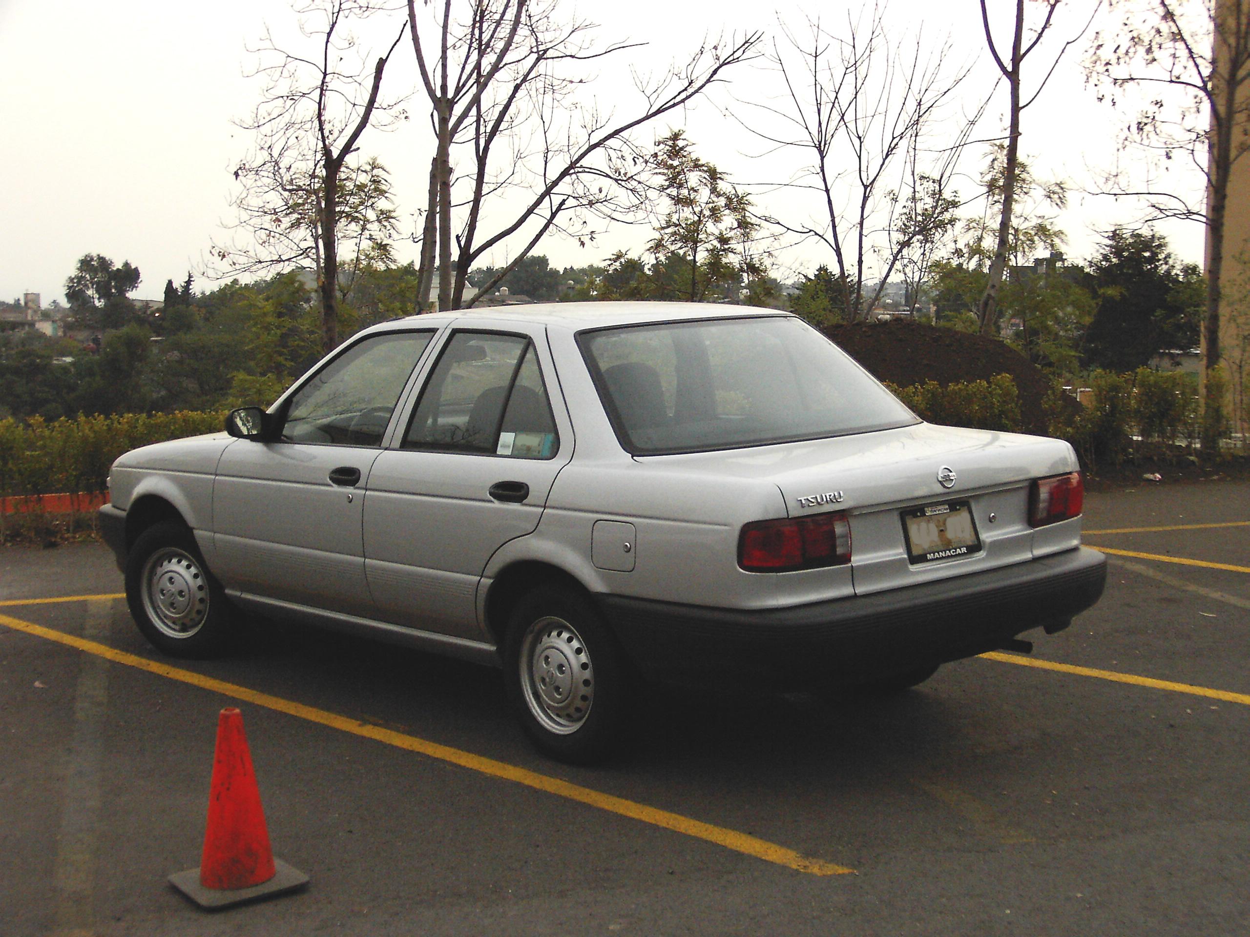 File:Nissan Tsuru.JPG - Wikimedia Commons