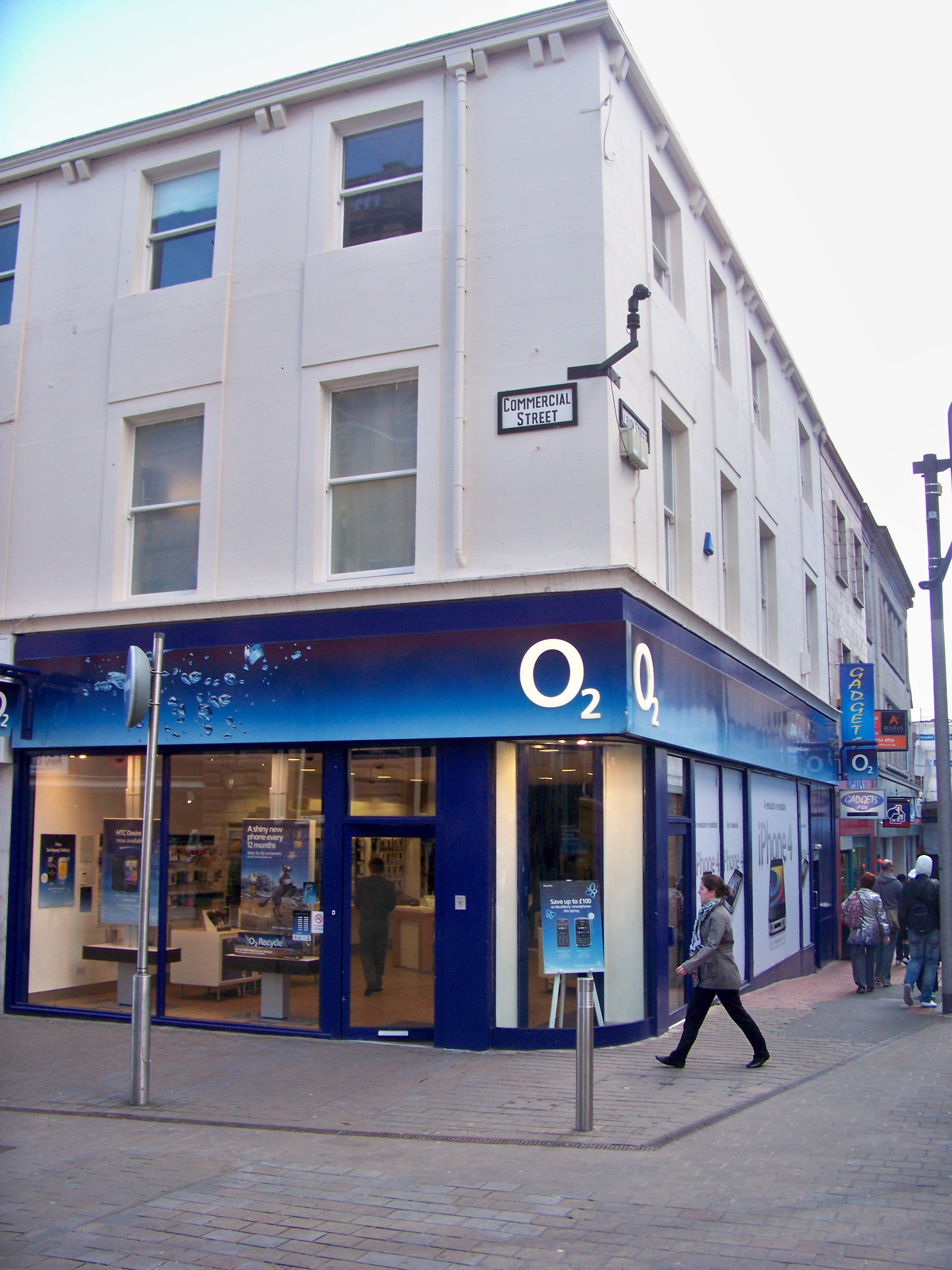 O2 Shop Altona : file o2 shop on the junction of commercial street and ~ Watch28wear.com Haus und Dekorationen