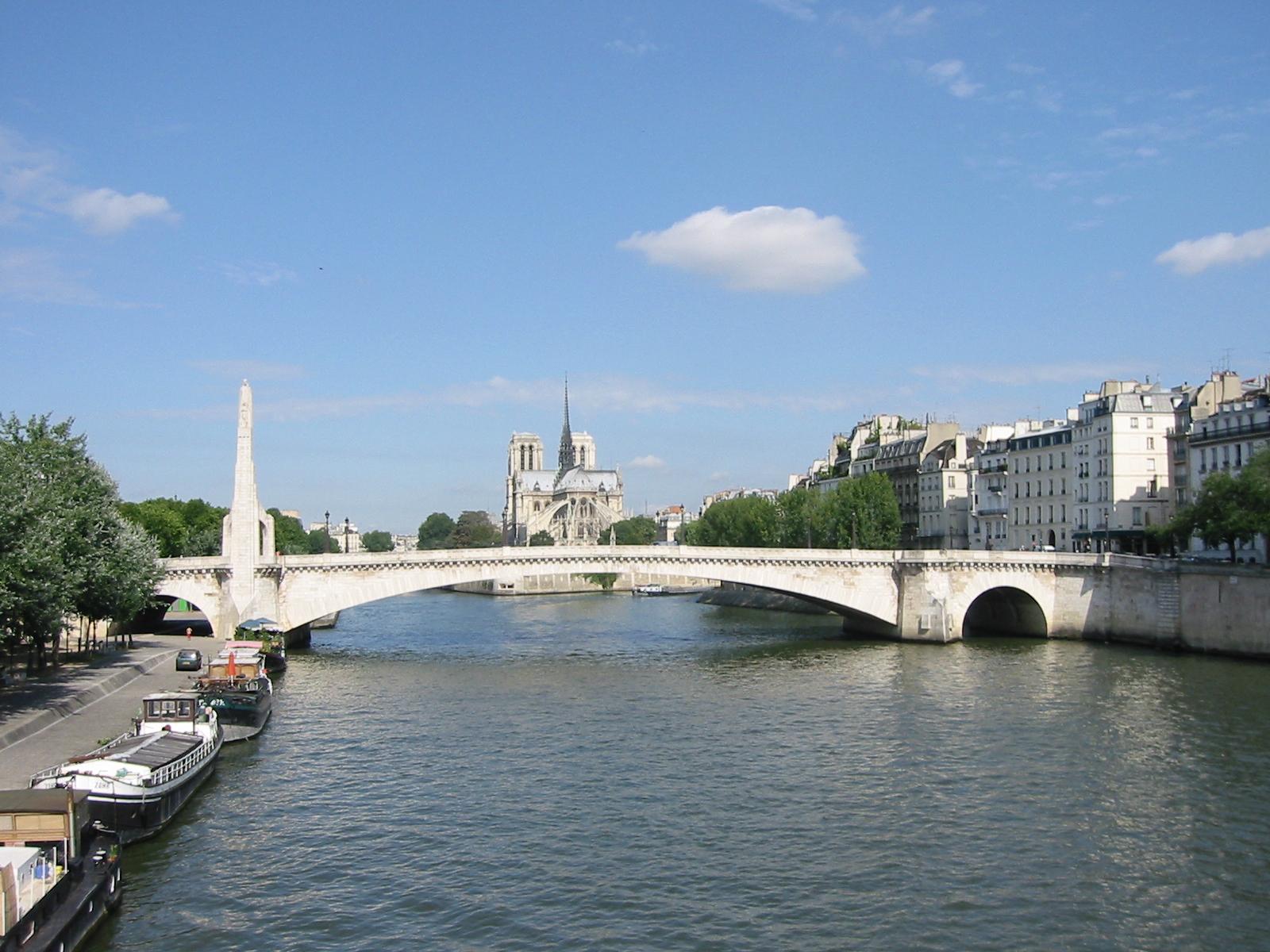 File pont de tournelle vu du pont de sully wikimedia commons - Vernis pont de bateau ...