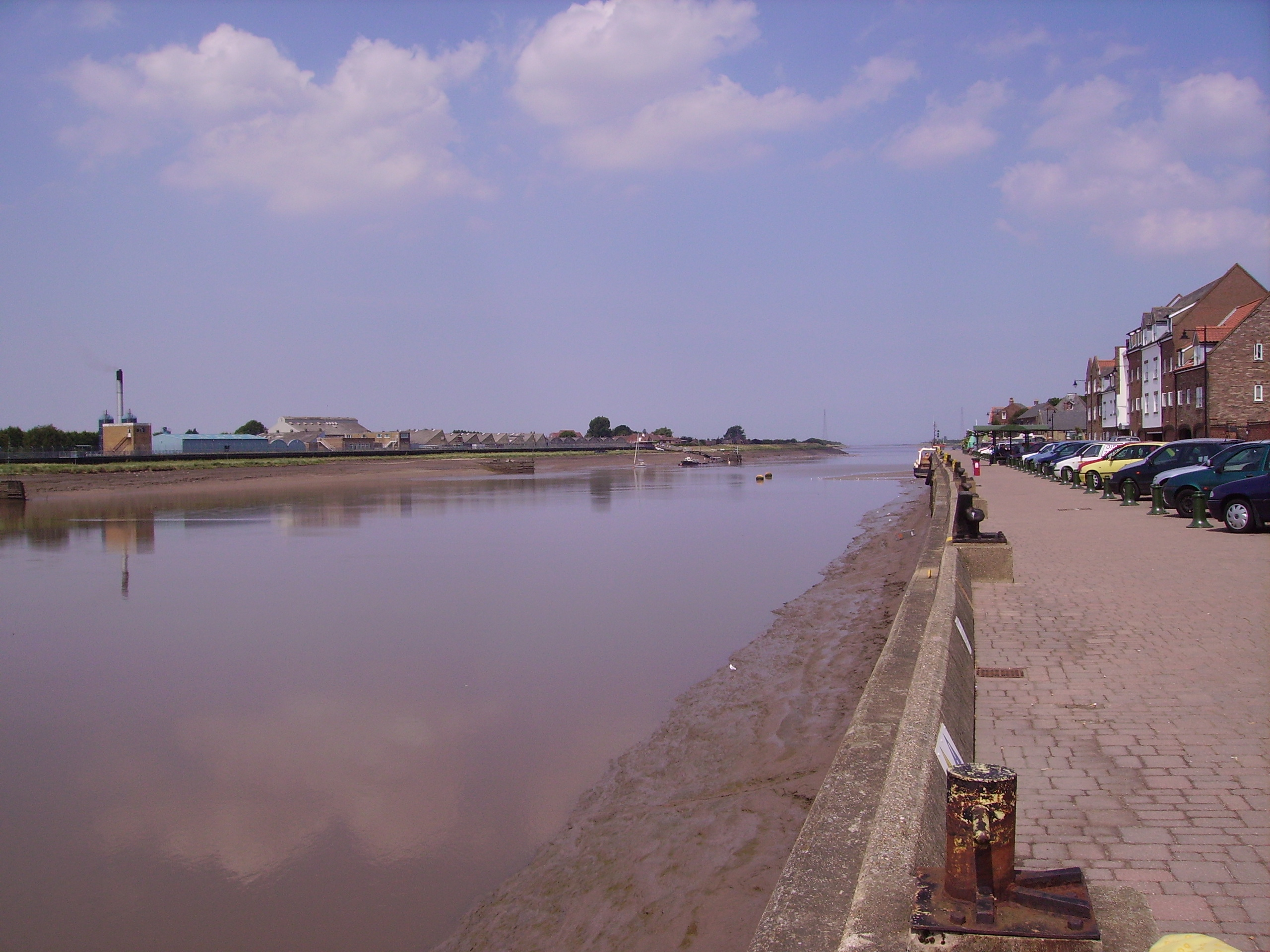 File:River to the Wash in Kings Lynn 01.JPG - Wikipedia, the free ...